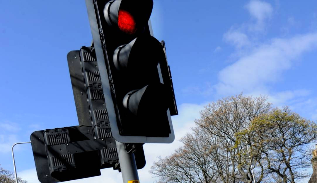 Replacement Of Traffic Lights On Sherbrooke Corner